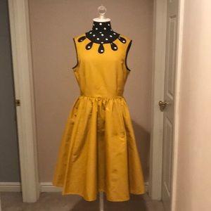 Kate spade Rainey dress Dijon/ black size 10
